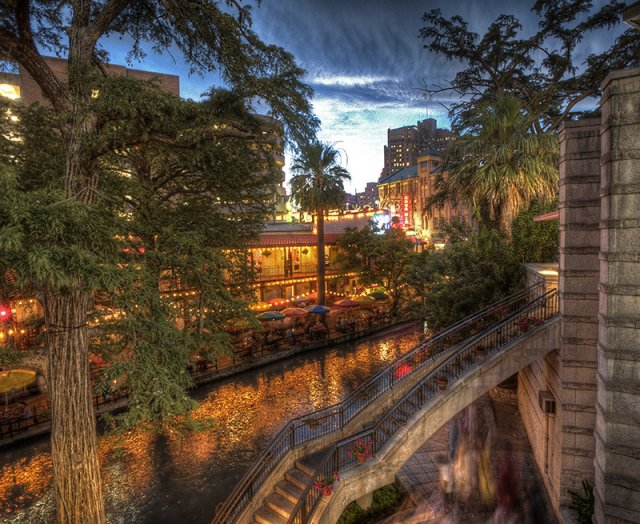 Riverwalk-A1.jpg